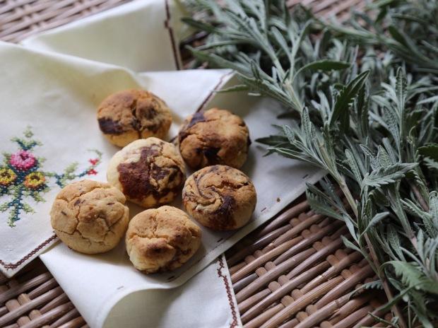 Biscotti di frutta secca e lavanda