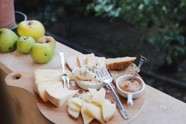 Il tagliere di formaggi al burro di mele
